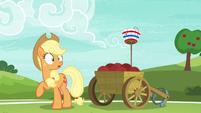 Applejack looking surprised at Pinkie S6E18