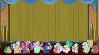 Curtains close on the magic show S8E5