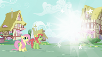 Discord vanishes away from Ponyville S5E7