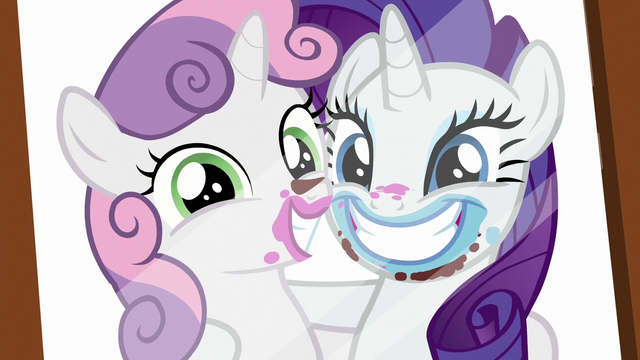 File:Photo of Rarity and Sweetie Belle grinning S7E6.png