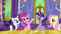 Pinkie Pie -this place has everything!- S5E3