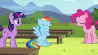 """Rainbow """"something that rhymes with that!"""" S4E21"""