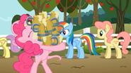 S02E15 Pinkie z mnóstwem soku