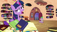 Spike happy and Twilight unamused S4E01