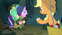Starlight volunteers to go with Rarity S8E13