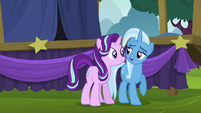 """Trixie """"want to help me unpack my wagon?"""" S6E6"""