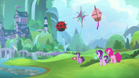 Twilight, Starlight, and Pinkie flying kites MLPS4