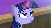 Twilight Sparkle sees a bright light in the sky S7E22