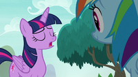 Twilight gives her friends another chance S8E9