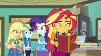 """Applejack """"the whole school voted for her"""" EGFF"""