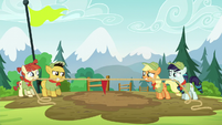Applejack and Rara playing Tug O War S5E24
