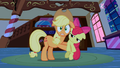 Applejack scared S1E09.png
