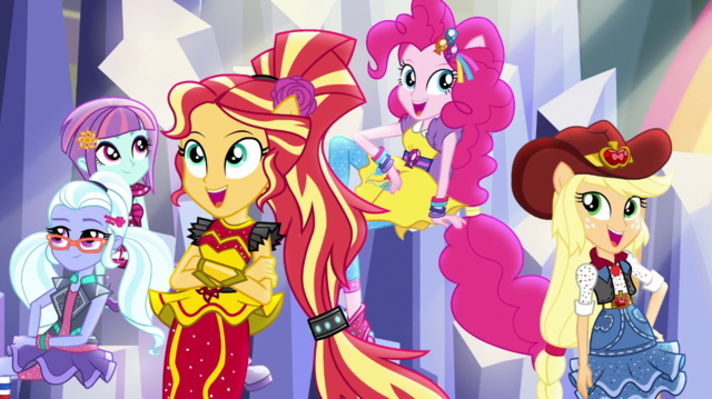 """File:Crystal Rainbooms """"dance the night away"""" EGS1.png"""
