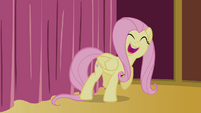 Fluttershy singing behind the curtain S4E14