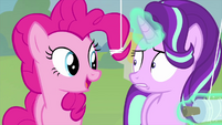 "Pinkie Pie ""really likes her new kite"" MLPS4"