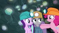 Pinkie pushes Maud closer to Starlight S7E4