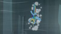 Rainbow hits the cliffside S5E8