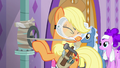 Applejack wraps valve with duct tape S6E10.png