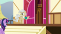 Mayor Mare with jittery hooves S5E19.png