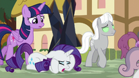 "Rarity ""I can't get her to stop!"" S9E2"