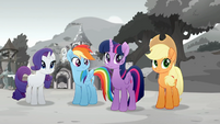 Rarity is planning a festival. Rainbow, Twilight and Applejack 0 Rainbow Roadtrip