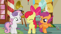 Scootaloo mocking Diamond Tiara and Silver Spoon S1E12