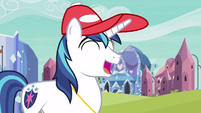 Shining Armor kind laughter S3E12
