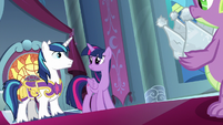 Twilight and Shining look at each other S9E4