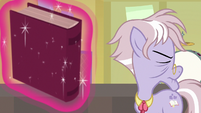 Dusty Pages turns away from the book S9E5