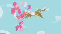 Gilda popping balloons S1E05