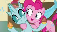 Pinkie Pie -you get to keep one cupcake- S8E12