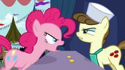 Pinkie discutindo 2 T2E19