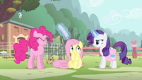 Pinkie hit by flier S4E14