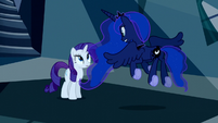 Princess Luna flutters in front of Rarity S5E13