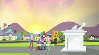 Rainbooms group hug by the portal EG3