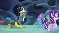 Starlight walking away from Discord and Trixie S6E25