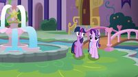 Twilight -they'll have these problems turned around- S8E1