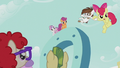 Apple Bloom drops down from giant horseshoe while holding Pipsqueak S5E18.png