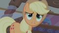 Applejack scared S01E09.png
