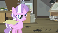 Diamond Tiara holding file 2 S2E23