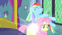 Fluttershy and Rainbow return to normal MLPS2