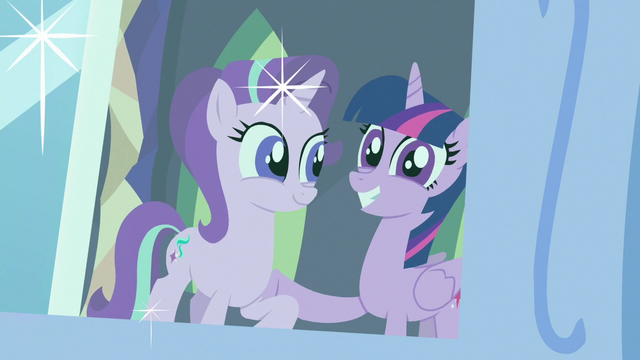 File:Photograph of Starlight and Twilight S7E1.png