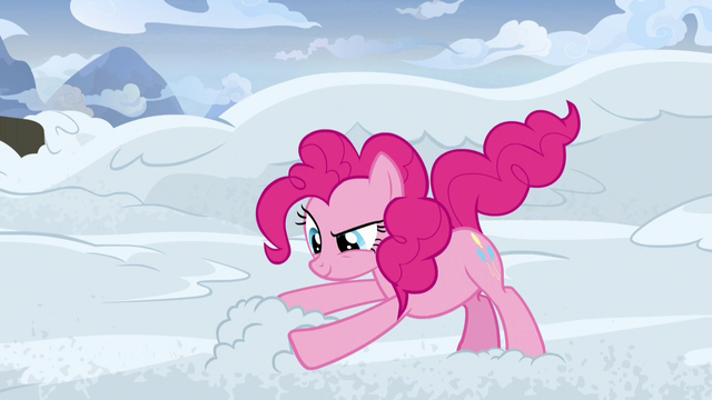 File:Pinkie Pie snow-sculpting S7E11.png