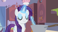 Rarity stirring a pot S2E05