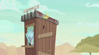 Ticket Pony laughing behind ticket window S8E23