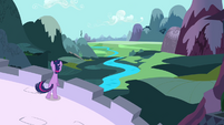 Twilight looking ahead S3E01