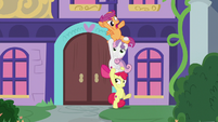 Apple Bloom repositions herself and her friends S8E12