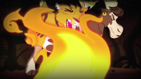 Chimera flinching from flames S4E17