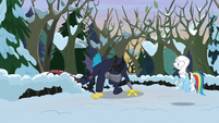 Discord skulking around the snow MLPBGE