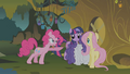 Pinkie Pie spitting S01E09.png